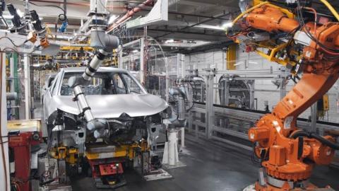 escasez microchips produccion coches