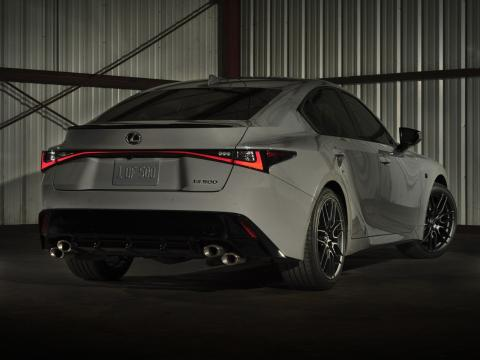 lexus is 500f Launch edition