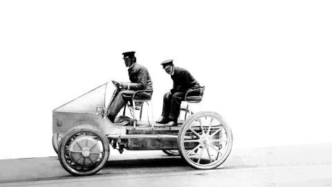 Porsche coches eléctricos historia