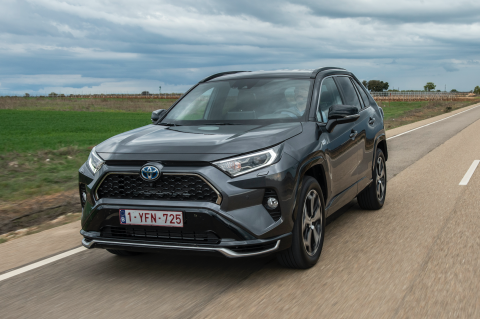 Prueba Toyota RAV Plug in