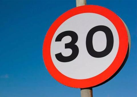 A 30 km7h