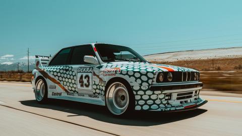 BMW Serie 3 E30 de Mush Alkarkhi inspirado en el DTM