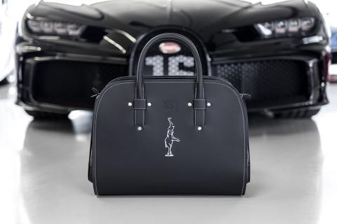 Bugatti Chiron equipaje
