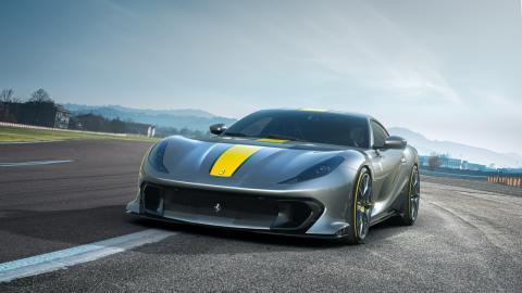 Ferrari 812 Competizione y Competizione A