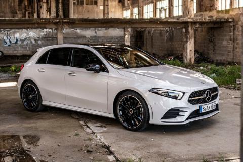 Mercedes Clase A o Lexus CT
