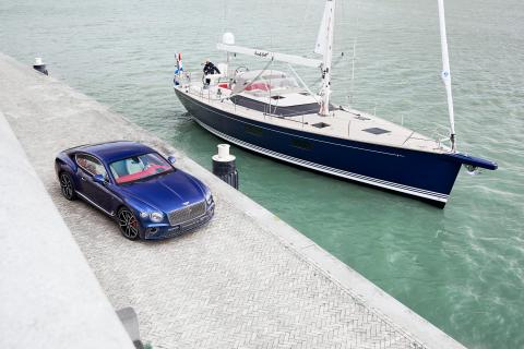 Interior Bentley Continental GT y yate Contest 59 CS