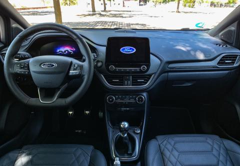 Ford Puma ST Line Vignale interior