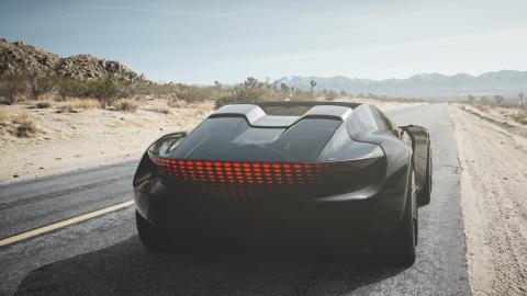 Un roadster que crece 250 mm en función del modo de conducción