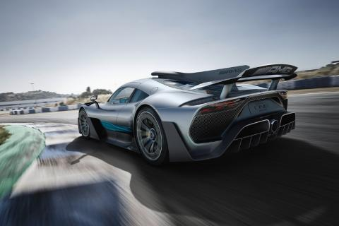 La lista de propietarios del Mercedes AMG ONE