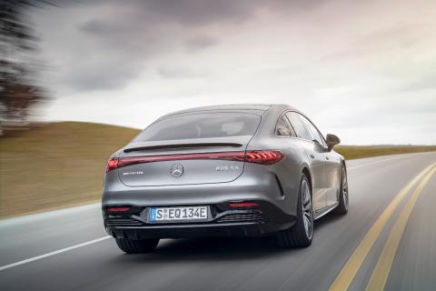 Mercedes-AMG EQS 53 4MATIC+ presentado en el IAA Múnich 2021