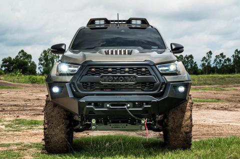 Toyota Hilux Revo by Rad
