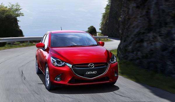 Mazda2 2014 frontal