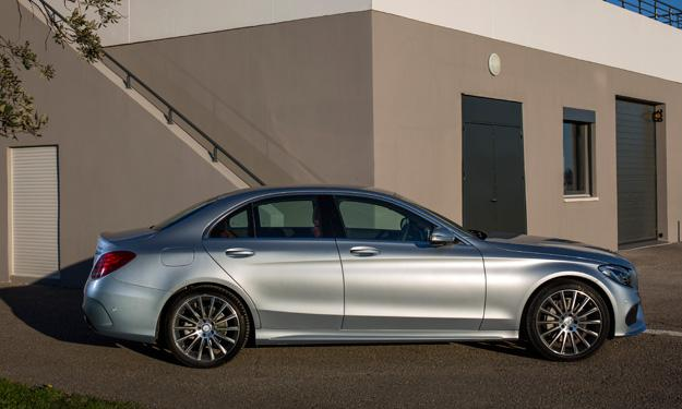 Mercedes Clase C 2014 lateral