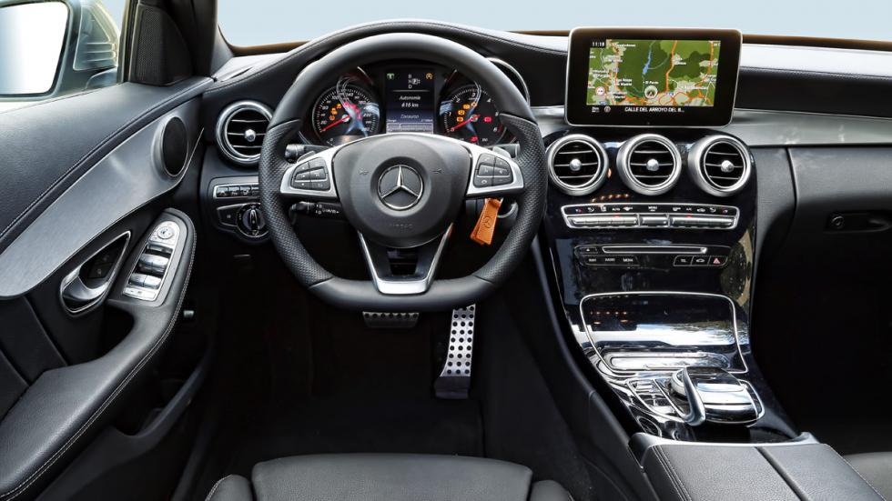 Mercedes C 220 BlueTEC interior