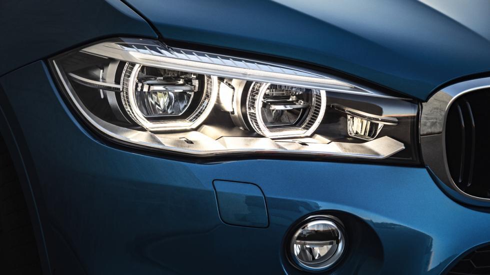 BMW X6 M faro delantero