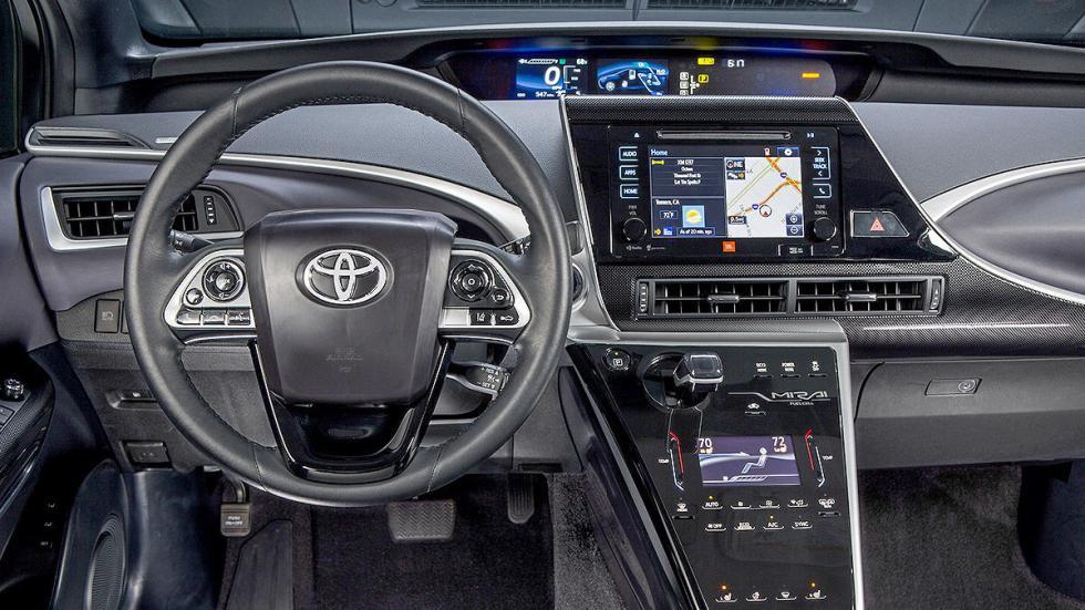 Toyota Mirai detalle salpicadero