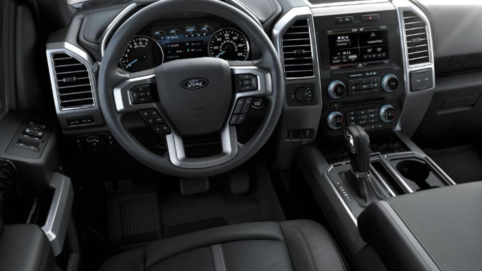 Ford F-150 V8 4x4 2015 interior