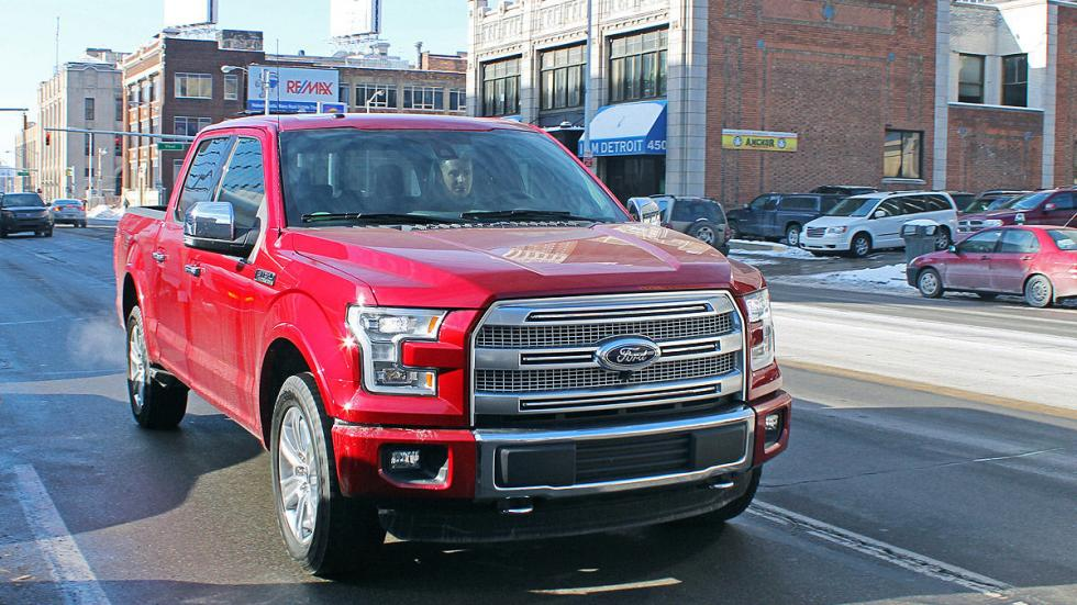Ford F-150 V8 4x4 2015 lateral morro
