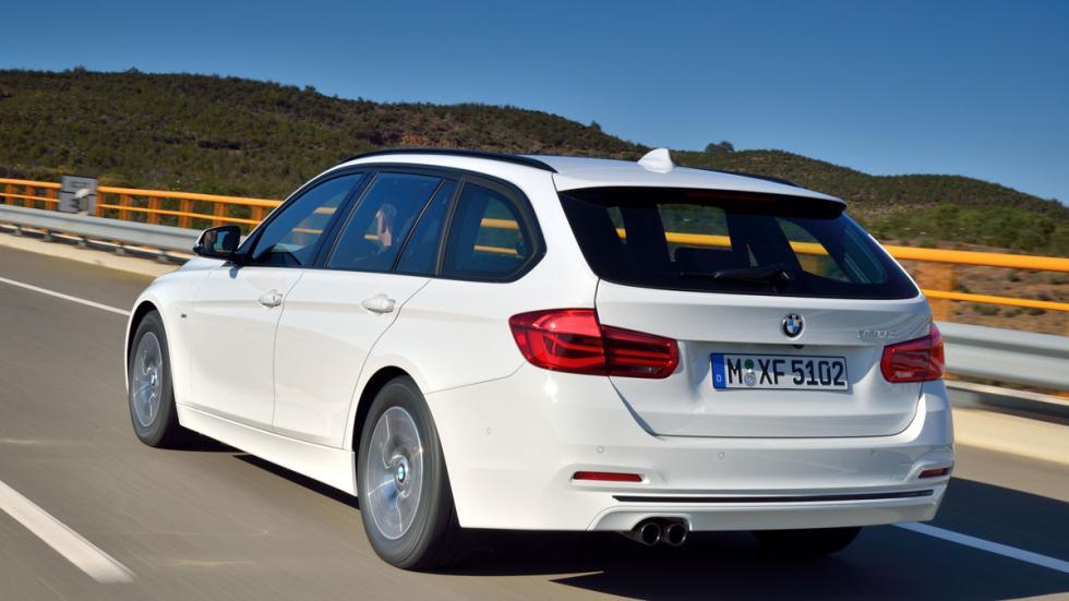 BMW Serie 3 Touring 2016 tres cuartos traseros