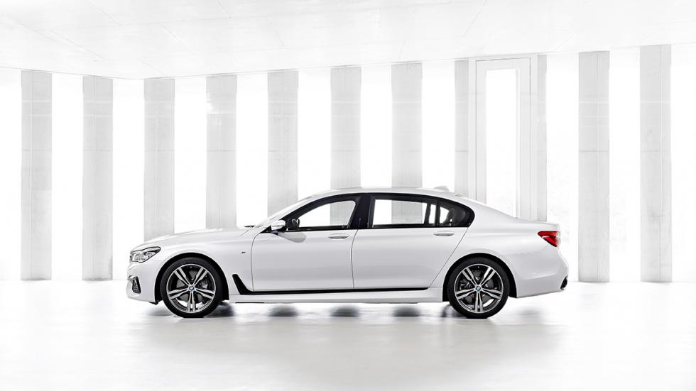 Nuevo BMW Serie 7 2015 lateral