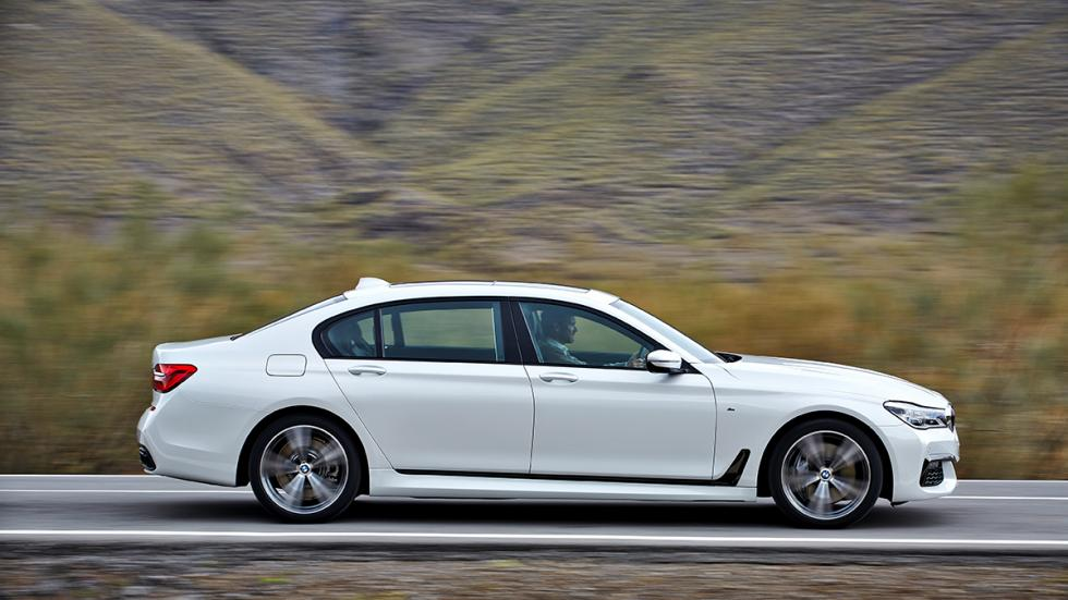 Nuevo BMW Serie 7 2015 lateral 2