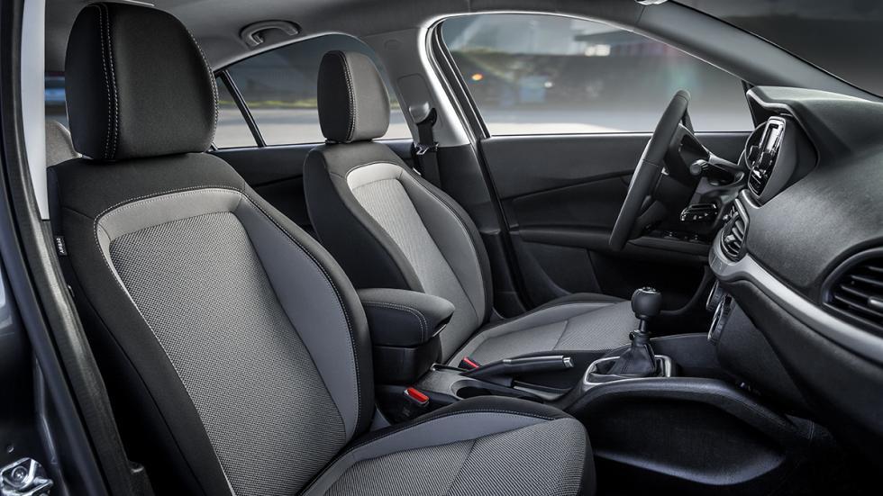 Nuevo Fiat Tipo asientos delanteros