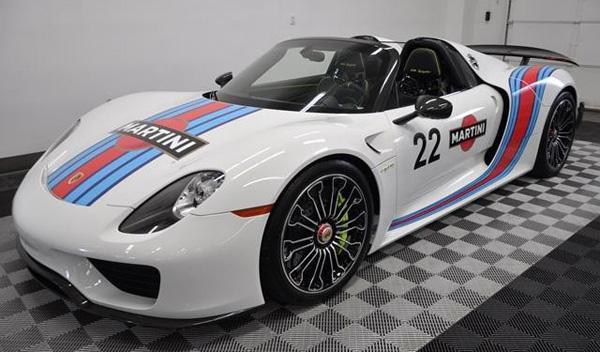 Porsche 918 Spyder Martini