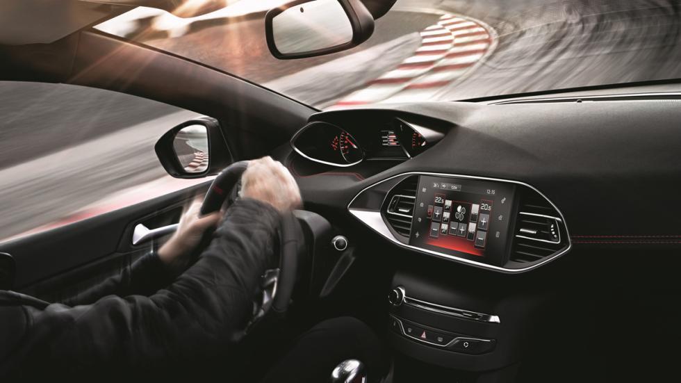 La app que te pone al volante del Peugeot 308 GTi