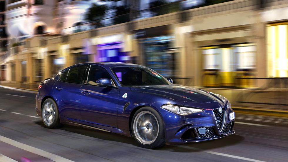 Alfa Romeo Giulia QV azul Quadrifoglio Verde