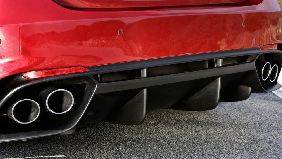 Alfa Romeo Giulia QV escapes deportivos