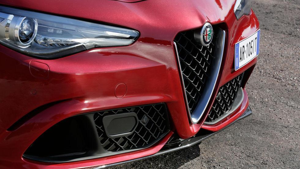 Alfa Romeo Giulia QV frontal splitter