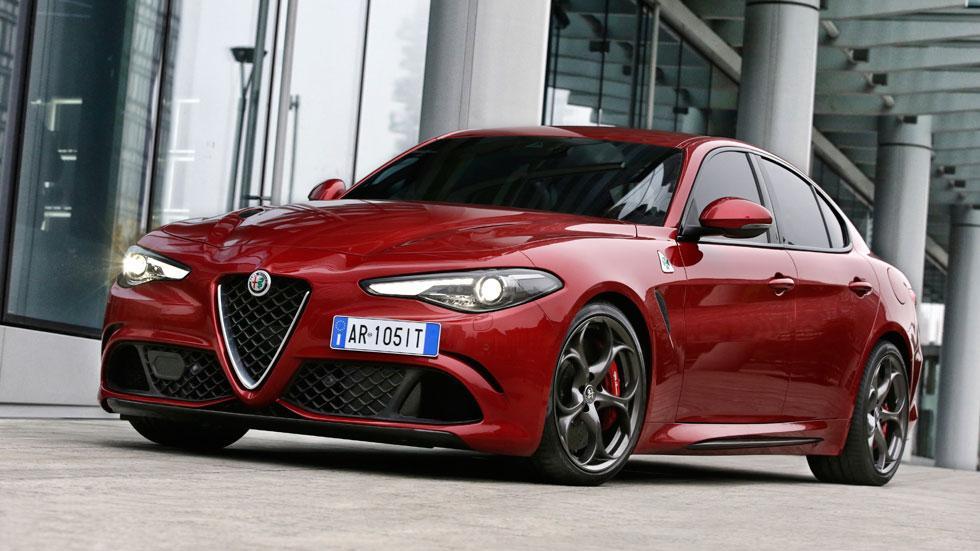 Alfa Romeo Giulia QV delantera rojo