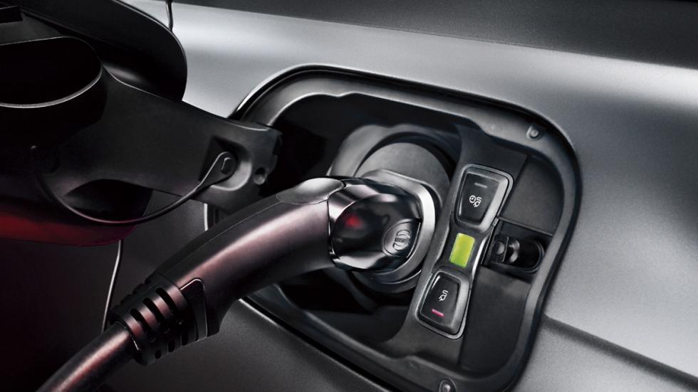Audi Q7 e-Tron enchufe