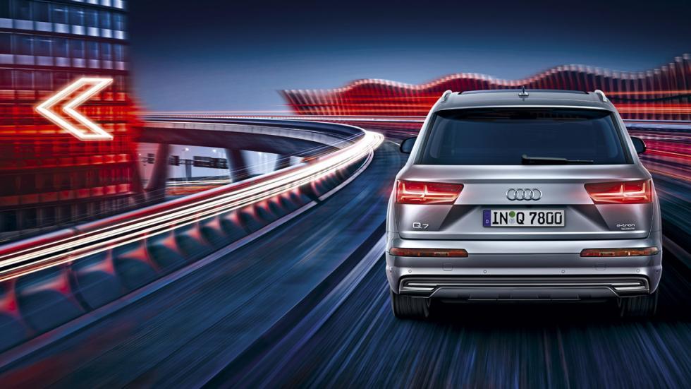 Audi Q7 e-Tron trasera