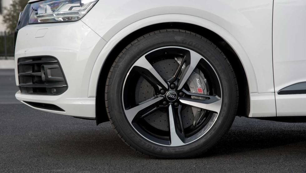 Audi SQ7 con frenos de altas prestaciones