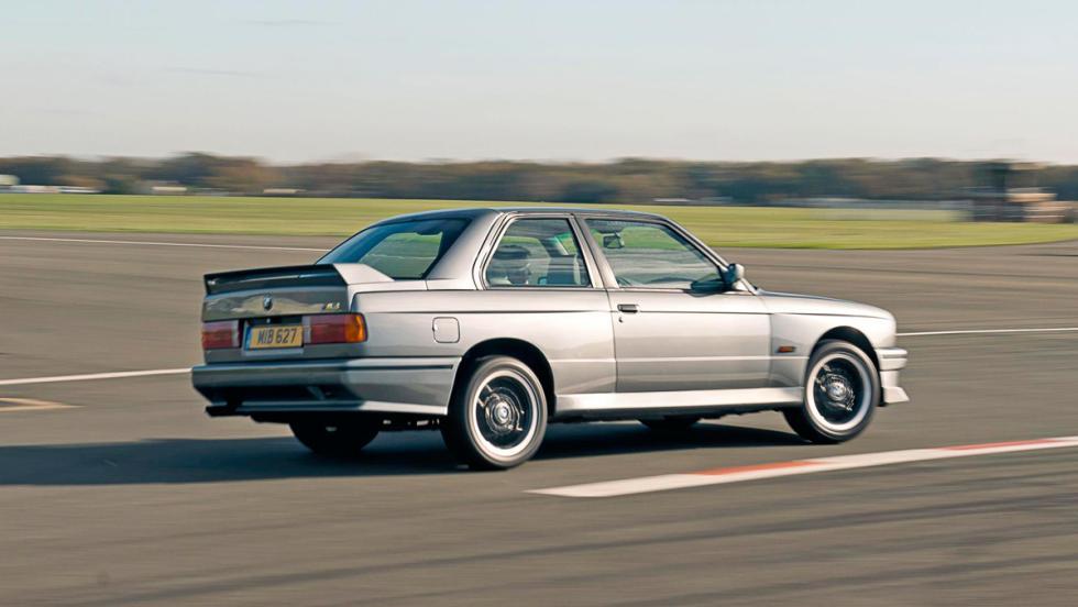 BMW M3 (E30), cambio dog leg