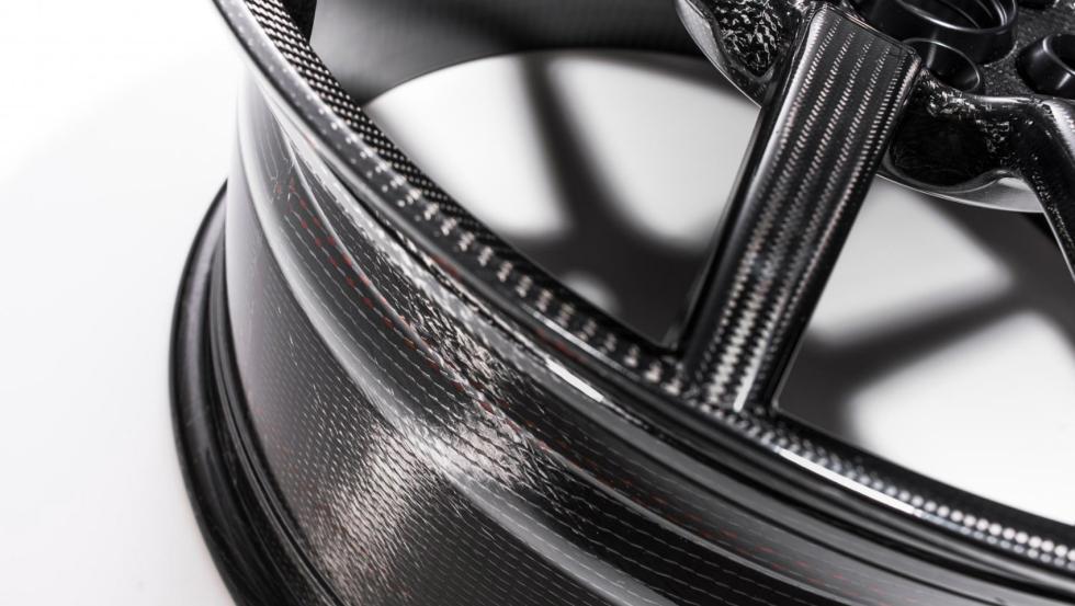 Llantas de carbono del Ford GT 5