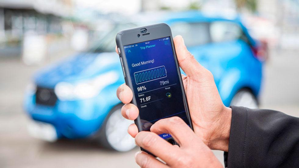 Mahindra e2o app movil coche electrico smartphone