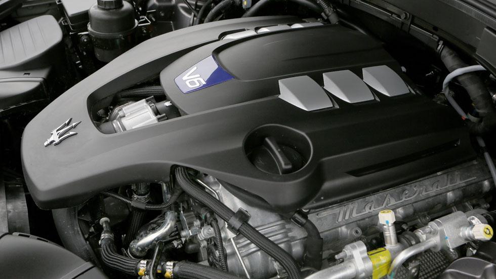 Maserati Levante off-road S Ferrari V6 430
