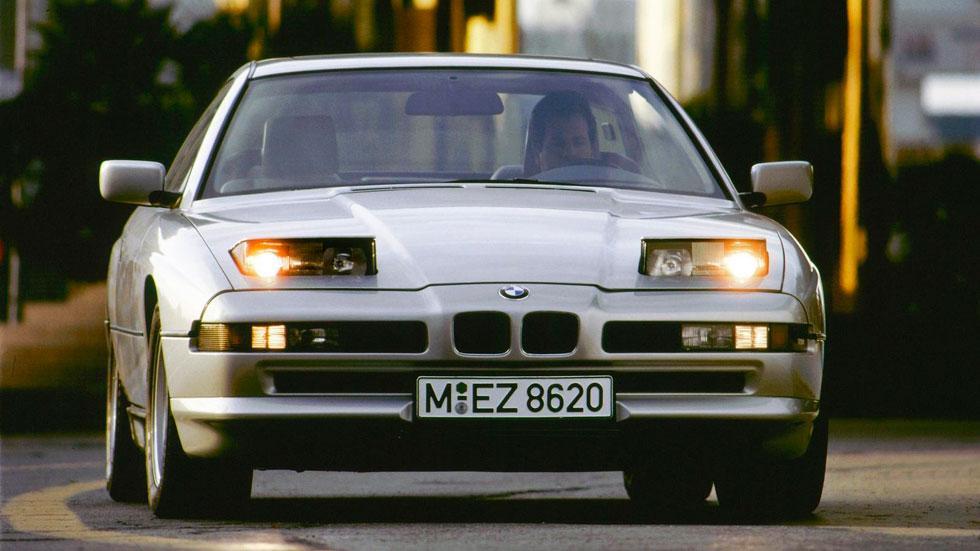 BMW Serie 8 faros escamoteables clásico