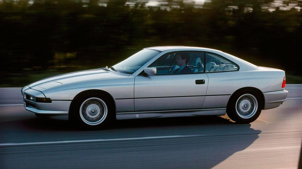 BMW Serie 8 lateral plata deportivo clasico