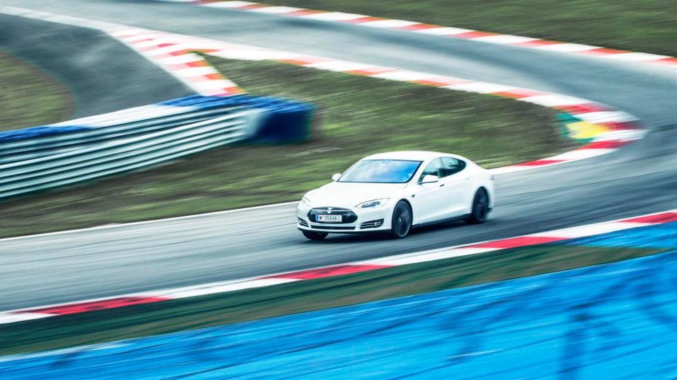1. Tesla Model S P90D. De 0 a 100 km/h en 2,8 segundos