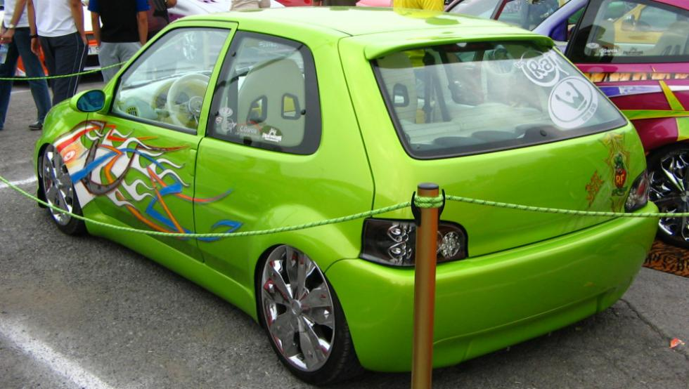 2 - Citroën Saxo