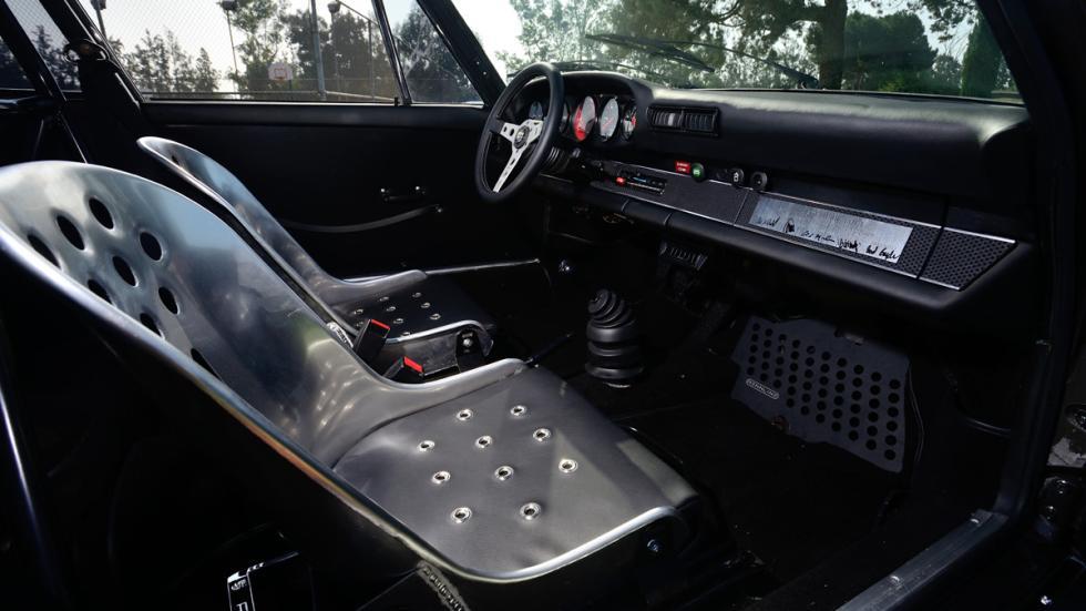 Porsche Bisimoto 911BR habitáculo