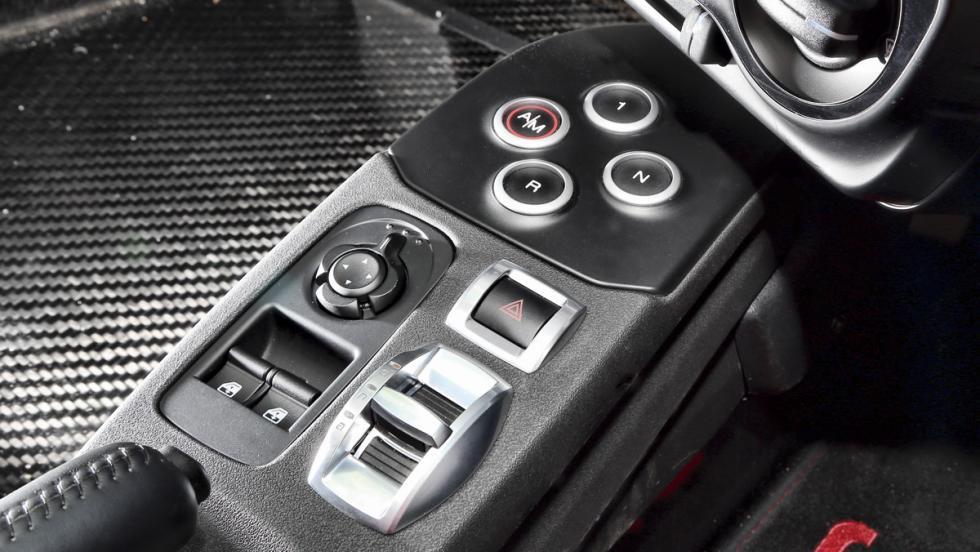 Alfa Romeo 4C Spider (10)