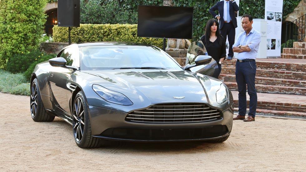 Aston Martin DB11 maletas frontal lujo deportivo