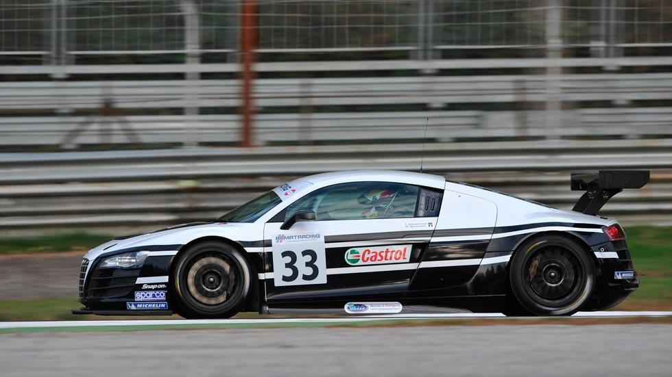 Audi R8 LMS lateral deportivo motorsport