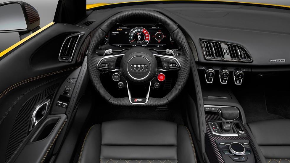 Audi R8 V10 Spyder interior deportivo