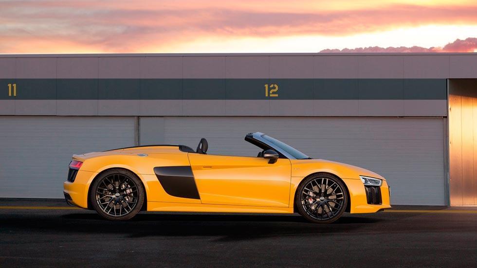 Audi R8 V10 Spyder lateral amarillo deportivo