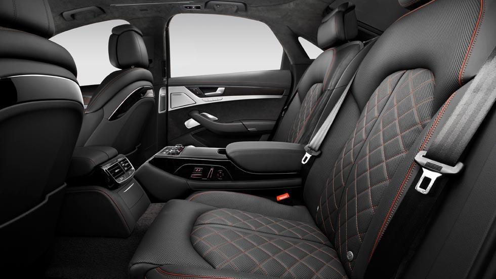 Audi S8 Plus plazas traseras cuero lujo